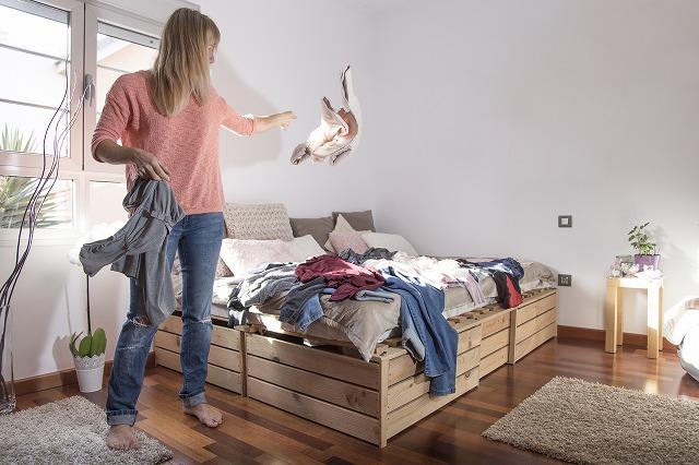 大掃除の服の仕分け